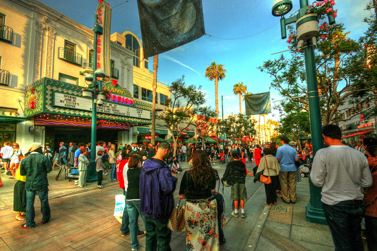 6 Inspiring Pedestrian Streets in the US