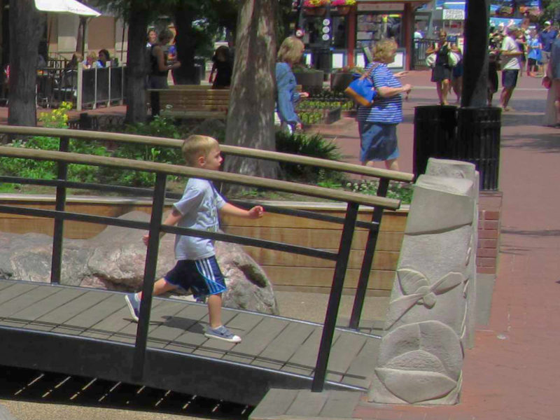 Pearl Street Mall - child crossing bridge