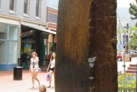 Pearl Street Mall child rock