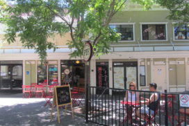 Putnam Plaza pie shop