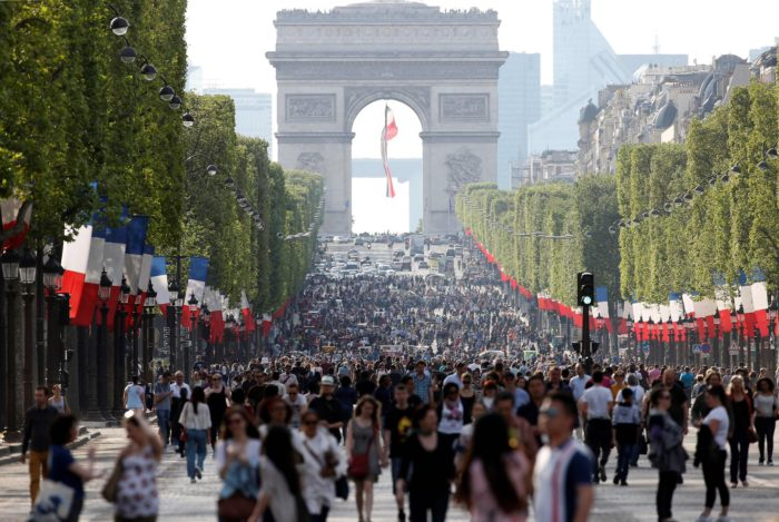 champs elysees pedestrianized
